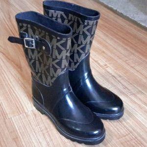 ❤❤❤MK Rain Boots size 6 ❤❤❤